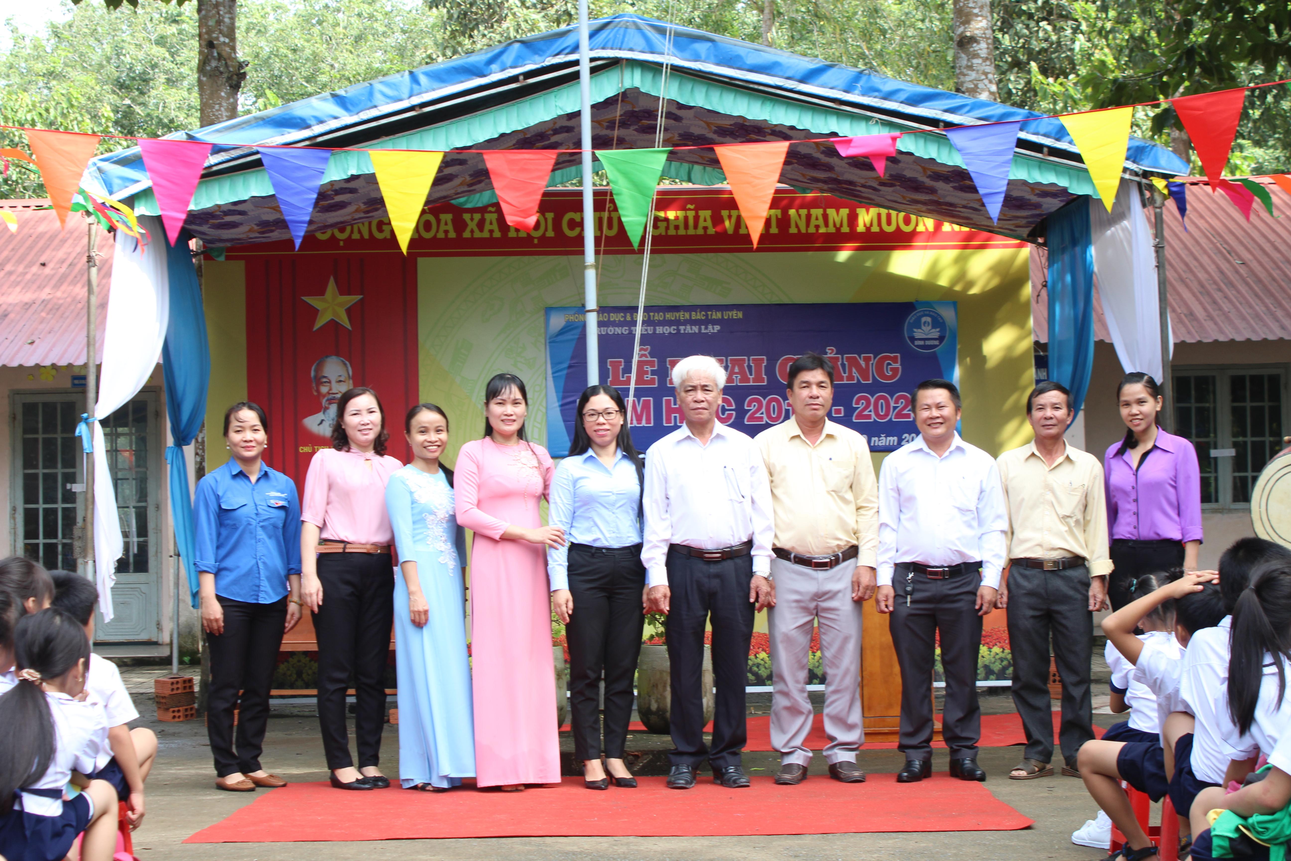 Nồng ấm lễ khai giảng năm học 2019 – 2020 tại trường Tiểu học Tân Lập